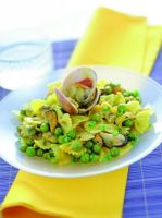 Farfalle with Peas and Tumeric Seafood